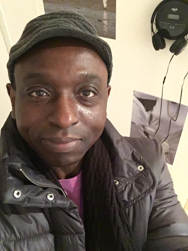 Juwon Ogungbe Selfie at Jacqueline Ennis Cole exhibition